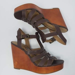 Lucky Brand Wedge Sandals - 8